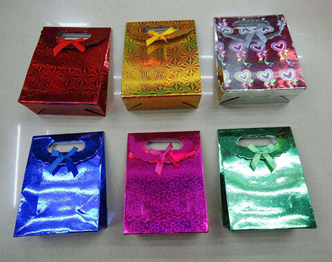 Seamless holographic film film bulk production for daily chemicals-6